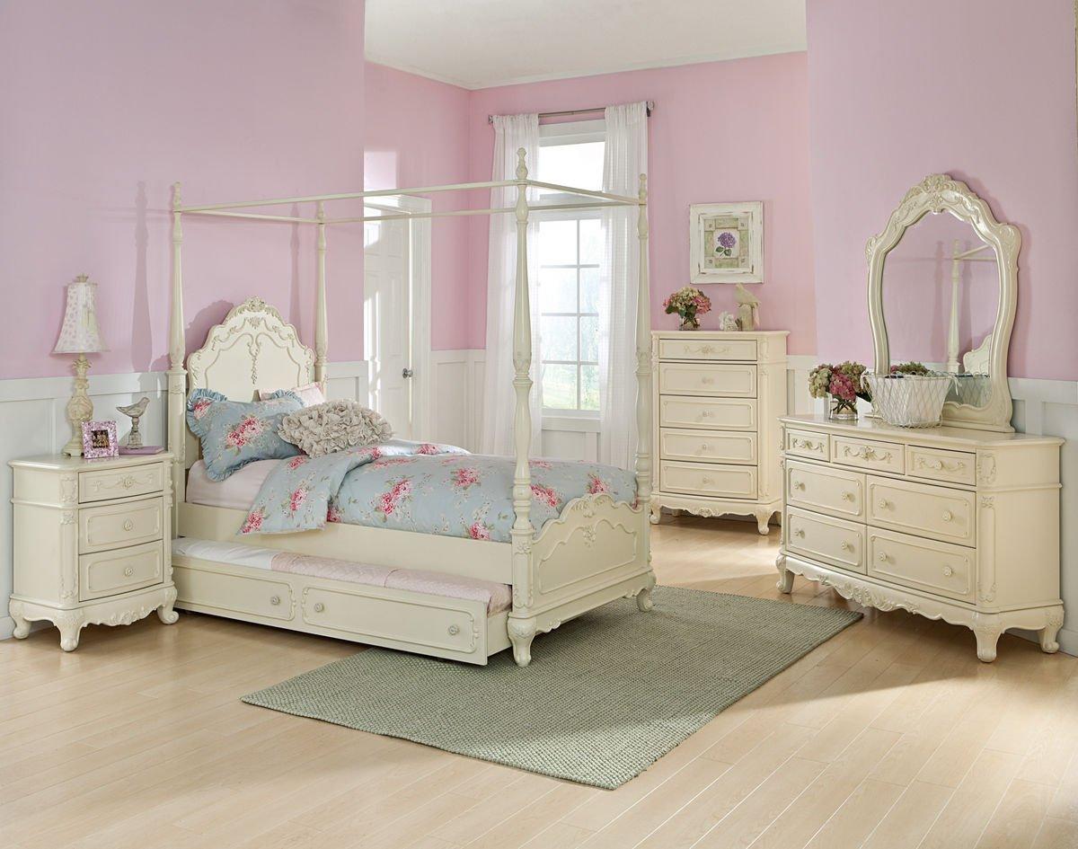 Homelegance Cinderella Full Size Canopy Bedroom Set with Trundle