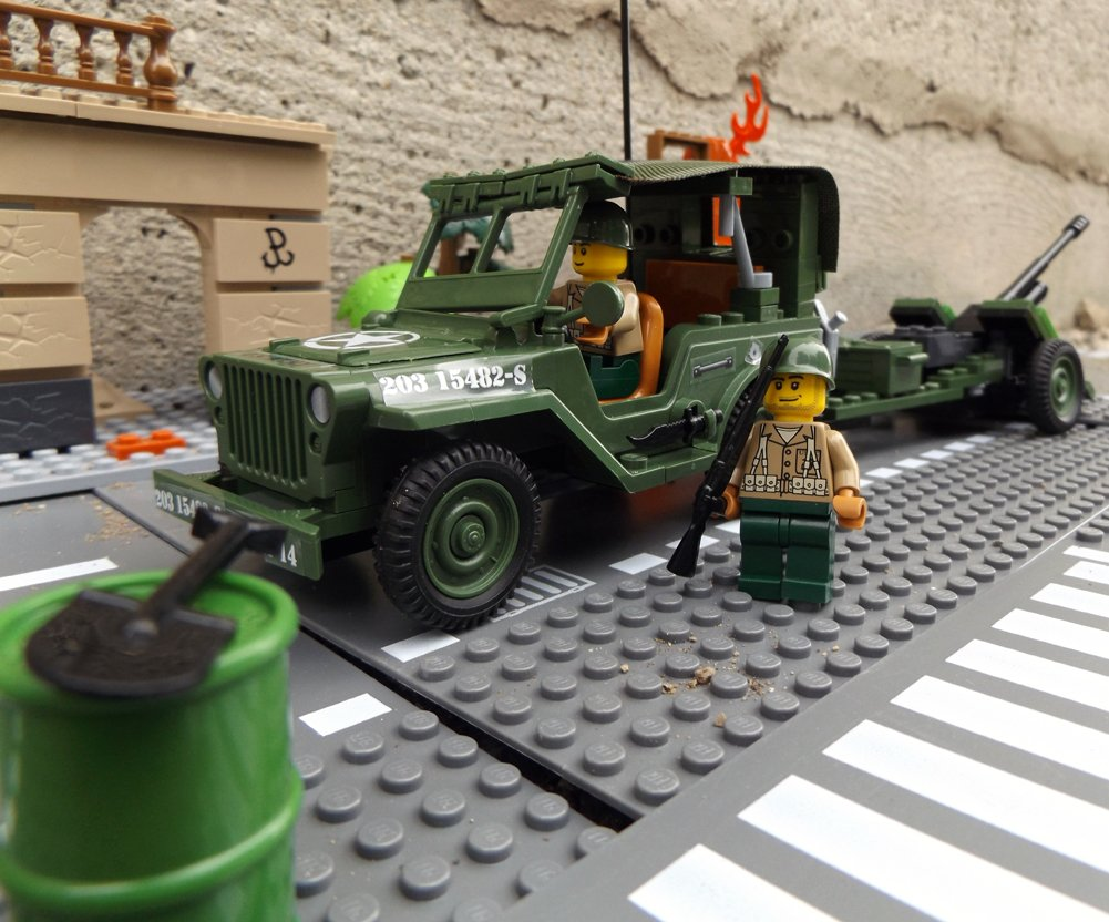 Modbrix 24191 – ★ US ARMY Willys MB Jeep mit 37 mm Artillerie Kanone & custom US MARINES Soldaten aus original Lego© Teilen ★ als Geschenk