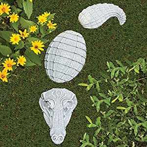 Bits and pieces alligator garden stones 3 for Alligator yard decoration