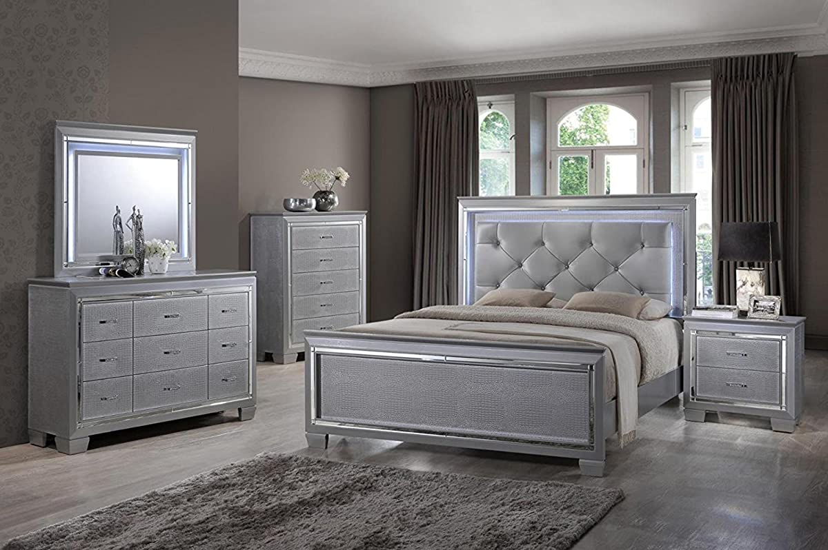 Soflex Tinley Silver Finish Diamond Tufted Bedroom Set 5 Pcs with Led Lights Alligator Texture w/Chest (King)