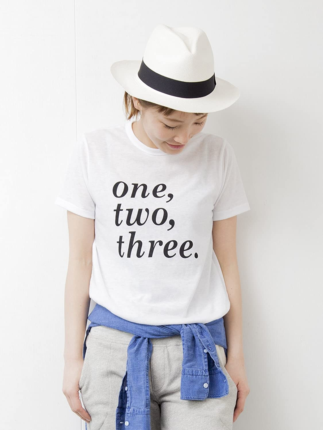 "Amazon.co.jp: (デミルクスビームス) Demi-Luxe BEAMS / ""one, two, three"" ロゴ Tシャツ 68040105286 1 WHITE ONE SIZE: 服&ファッション小物通販"