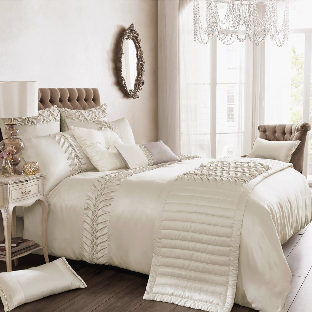 Felicity Duvet Cover Size  King       Customer reviews and more information
