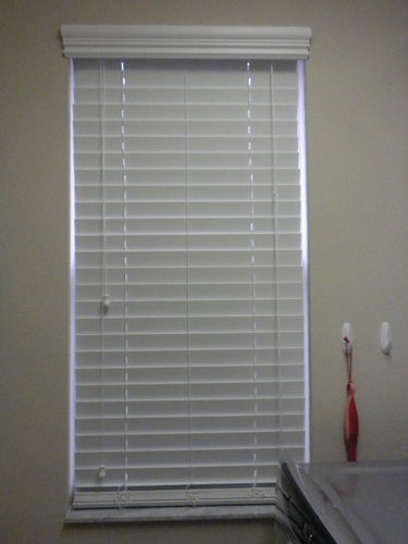 Premium 2 inch faux wood blinds pearl white for 2 inch faux wood window blinds
