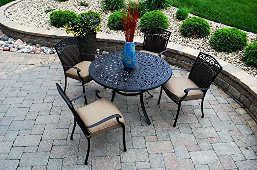 Savilla 5 Piece Dining Set