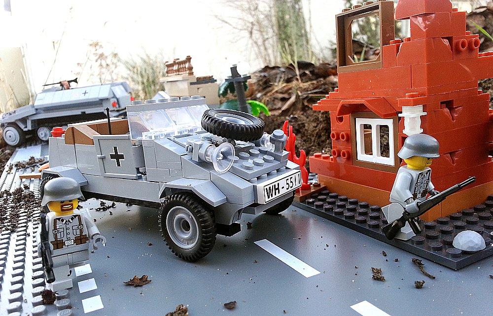 Modbrix 5511 – ✠ VW Kübelwagen Typ 82 Bausteine Set inkl. custom Wehrmacht Soldaten aus original Lego© Teilen ✠ bestellen