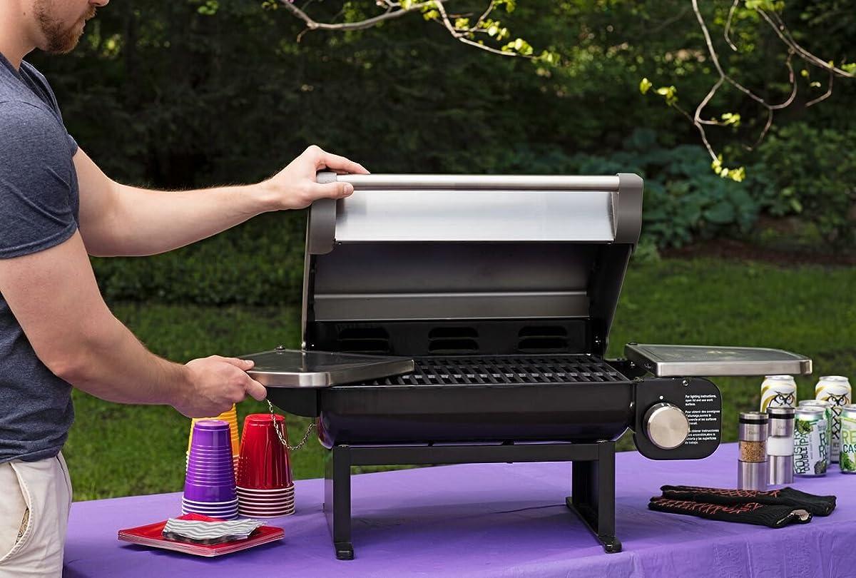 Cuisinart CGG-200 All-Foods 12,000-BTU Tabletop Gas Grill