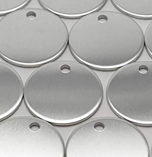 100 Pieces Soft Temper Aluminum Stamping Blanks by Craftbox. 1-Inch Round with Hole, 0.06 Thick. Soft Temper, Deeper Impressions. (Color: Silver, Tamaño: 1 Inch)