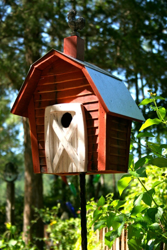 Amazon.com : Heartwood Rock City Bird House : Patio, Lawn & Garden