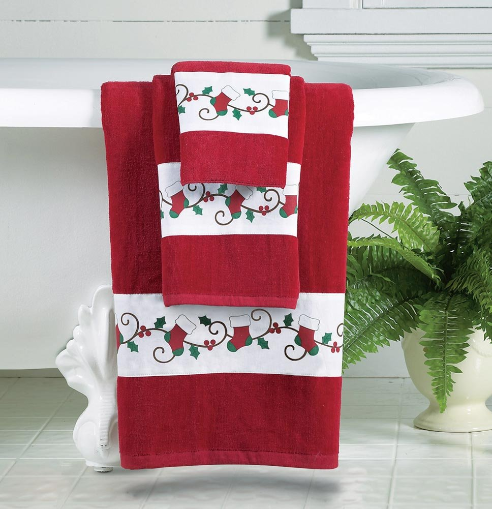 Red Bath Towels With Stocking Trim