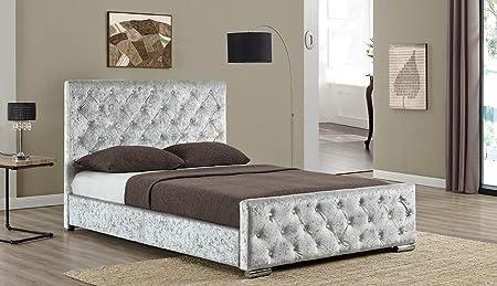 Stoff Designer Beaumont mit Nieten Luxury gepolsterten gecrushter Samt Bett Double oder King Size von Bettlatten Sleep Design, silber, King Size