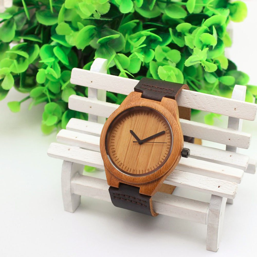 No numbers on this nice wooden watch. Looks cool!