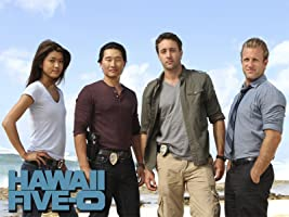 'Hawaii Five-0, Season 2' from the web at 'http://ecx.images-amazon.com/images/I/71wCUbNUfTL._UY200_RI_UY200_.jpg'
