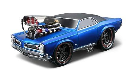 Maisto - 2043068 - Maquette De Voiture - Pontiac Gto '66 - Bleu Liquide - Echelle 1/24