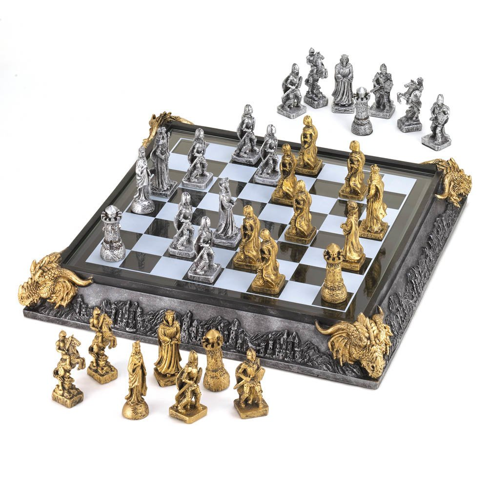 Eastwind Gifts 35301 Medieval Knights Chess Set 0