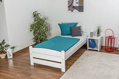 Children's bed / Teen bed solid beech wood, in a white paint finish 118, including slatted frame - Measurements 90 x 200 cm