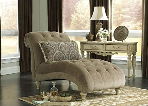 Old World Chaise in Platinum