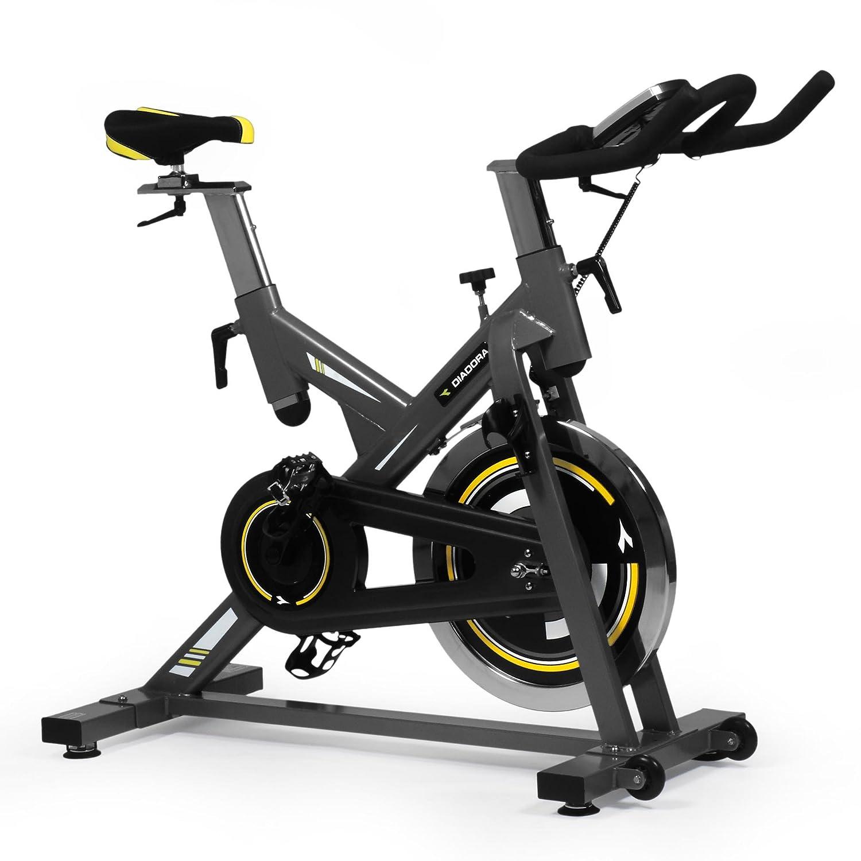 <p>Pedalea comodamente en casa con la bicicleta Spinning Diadora Racer 2</p>