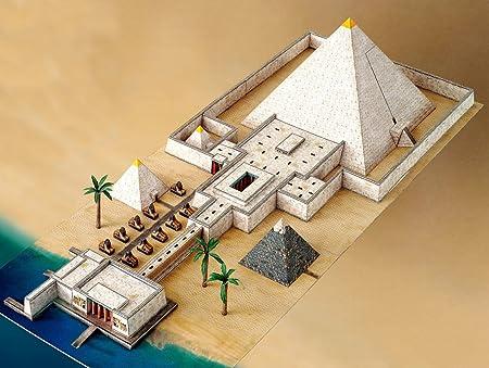 Maquette en carton : Pyramide et Vallée du temple