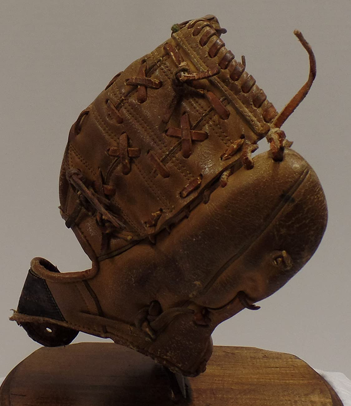 Vintage Clete Boyer Autograph Model 1035 Baseball Glove - Great for Mancave or Baseball Themed Decor (Free Shipping) 2