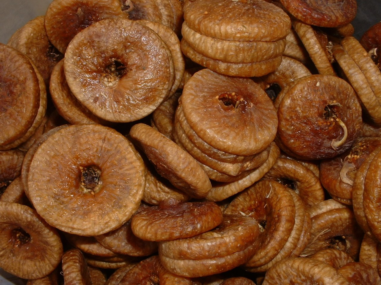 TIPS TO IMPROVE HEALTHY LIFE: Health Benefits of Figs or ... Dried Figs Health Benefits