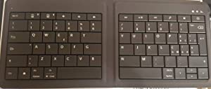 Microsoft Universal Foldable Keyboard for iPad, iPhone, Android devices, and Windows tablet:US & International Layout (Color: Black)