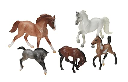 Breyer Stablemates Show Stoppers