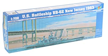 Maquette bateau: Cuirassé US BB-62 new Jersey 1983