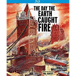 The Day the Earth Caught Fire (Special Edition) [Blu-ray]
