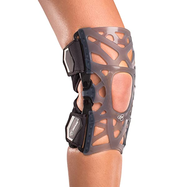 DonJoy Performance WEBTECH Knee Support Brace with Compression Undersleeve: Black, Large (Color: Black, Tamaño: Large)