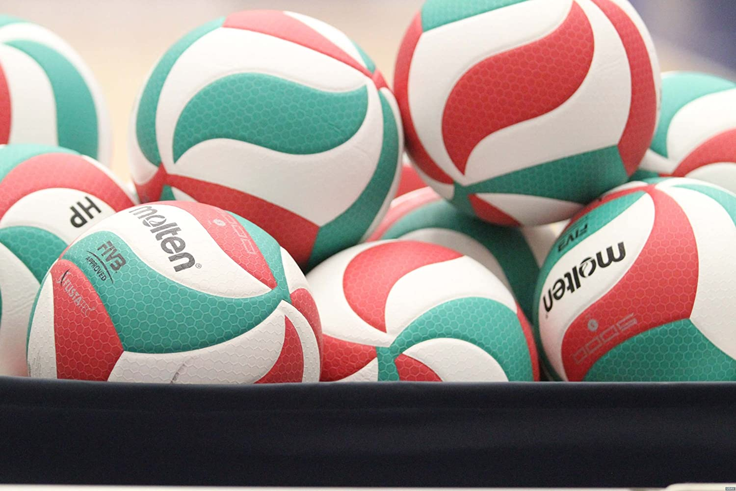 Amazon.com : Molten FLISTATEC Volleyball - FIVB Approved, Red/Green/White