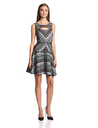 Jessica Simpson Women's Sleeveless Fit and Flare Printed Chest Opening