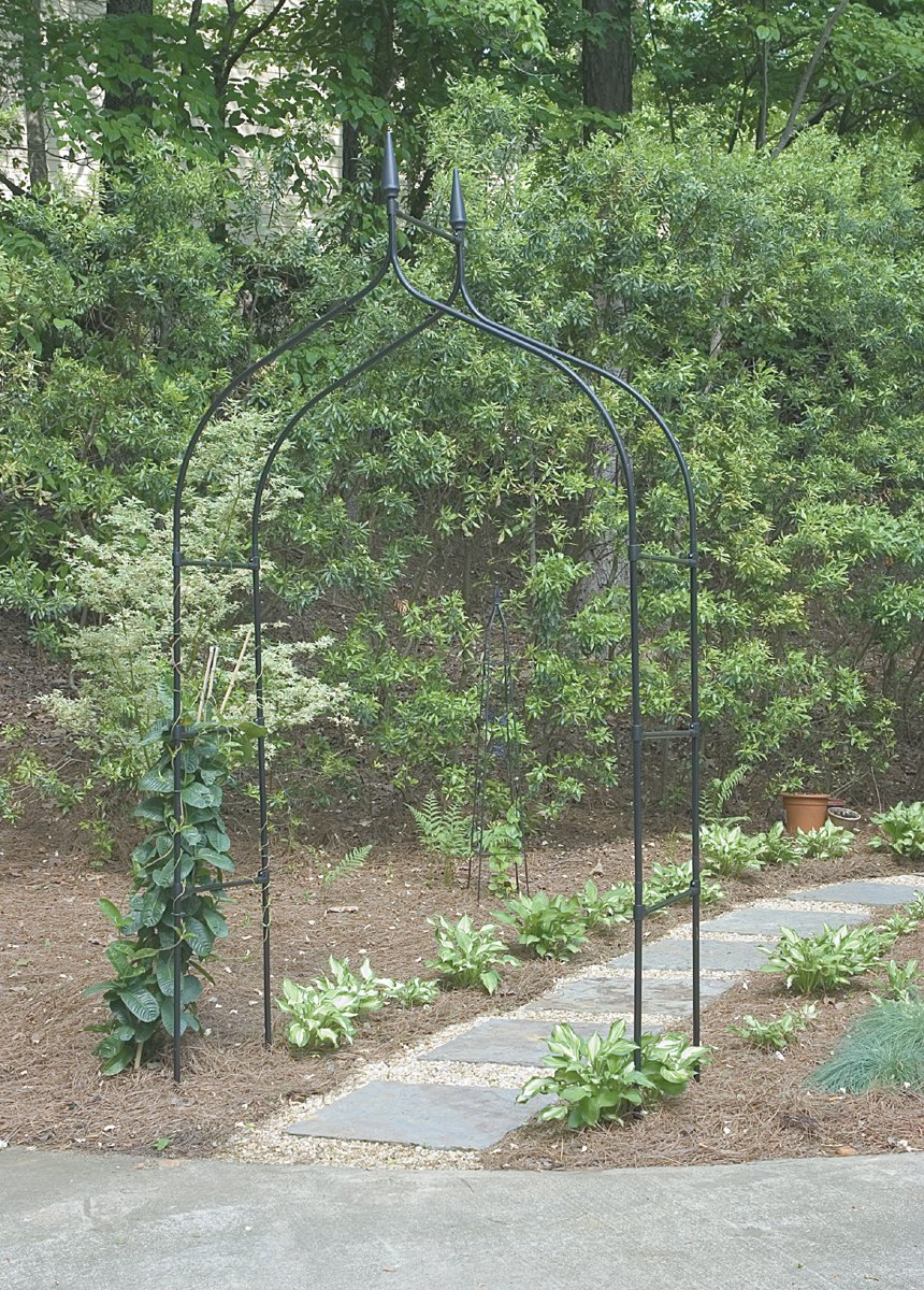 "Gardman R351 Gothic Arch, Black, 4 7"" Wide x 8 5"" High"