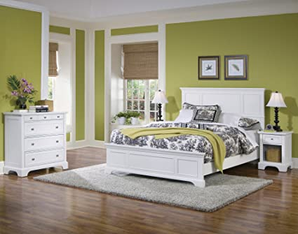 Naples Queen Bed, Night Stand, and Chest with White Finish