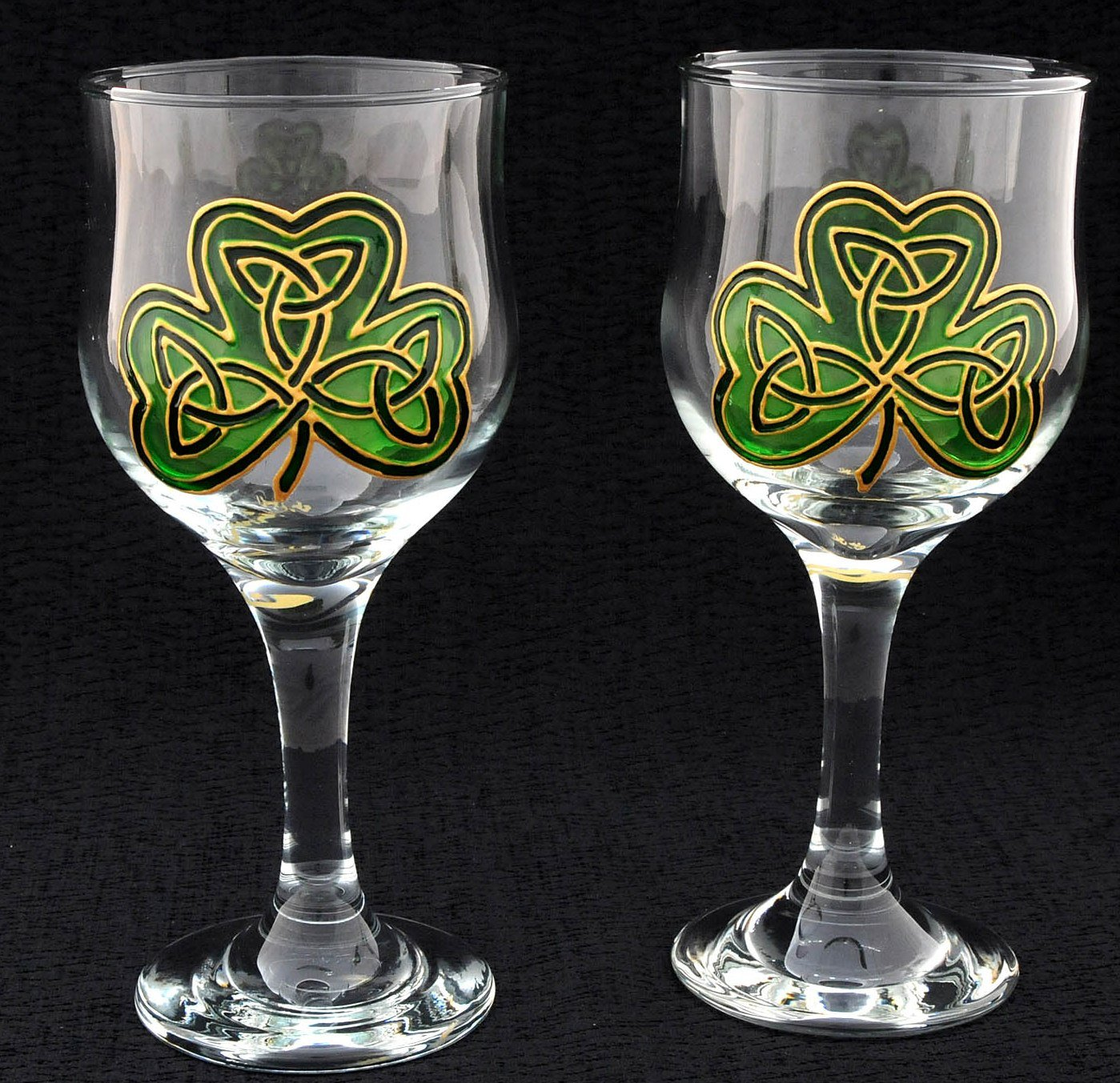 The best wine gifts st patrick 39 s day wine glasses and for Hand painted glassware