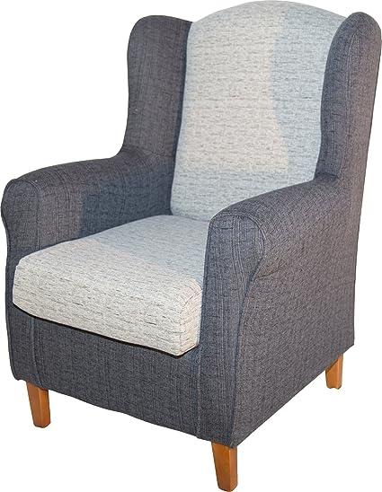 Sillón butaca orejero. Tapizado color blanco y gris. 104x80x76cm. Para salón comedor o dormitorio. Envío montado.