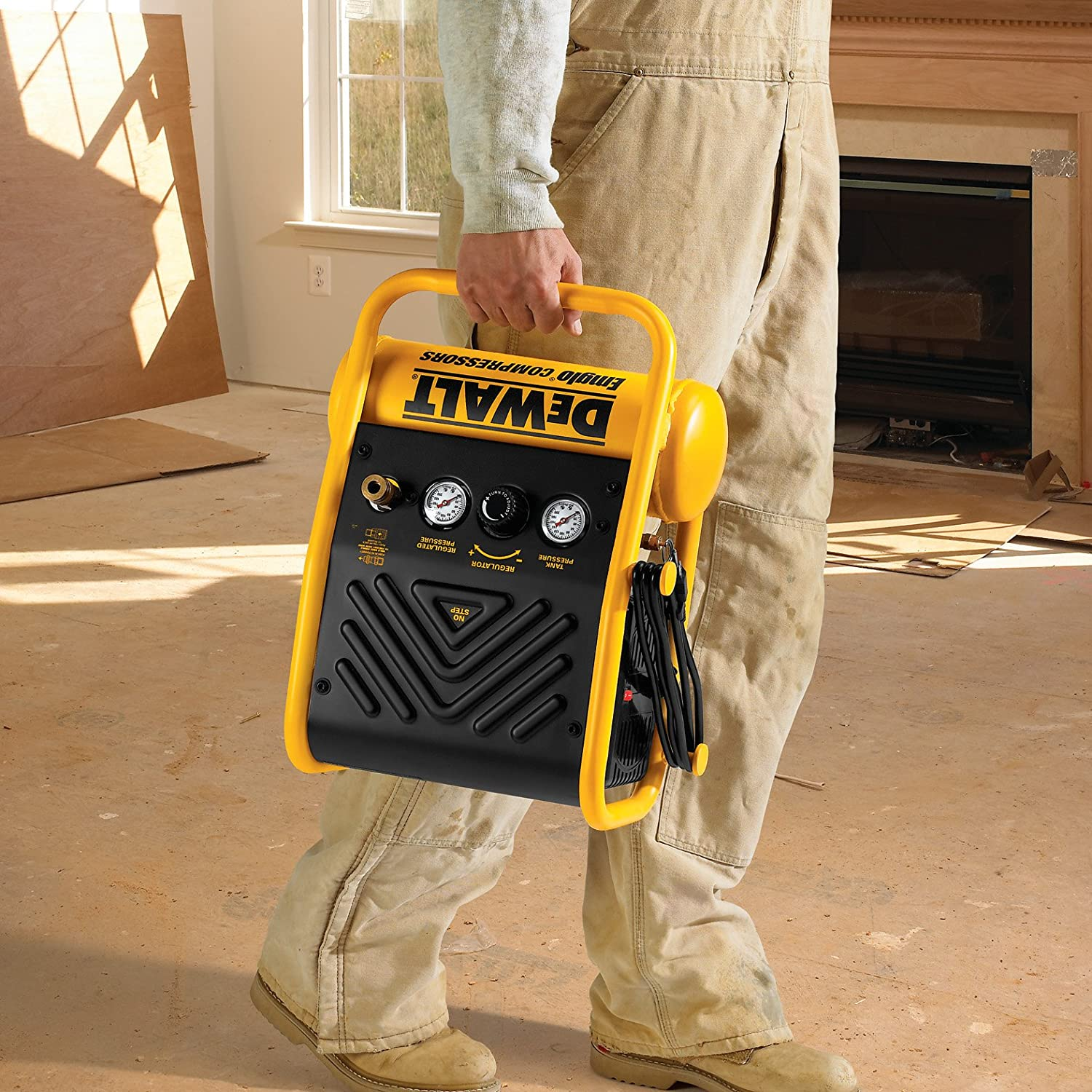 dewalt portable air compressor use1