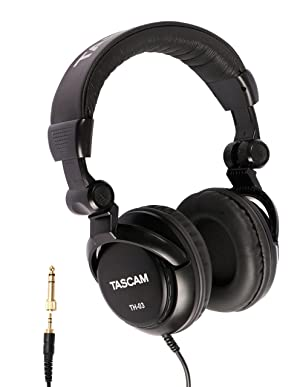 Tascam DR-60DmkII DSLR Audio Recorder with 32GB SD Card and Studio Headphones