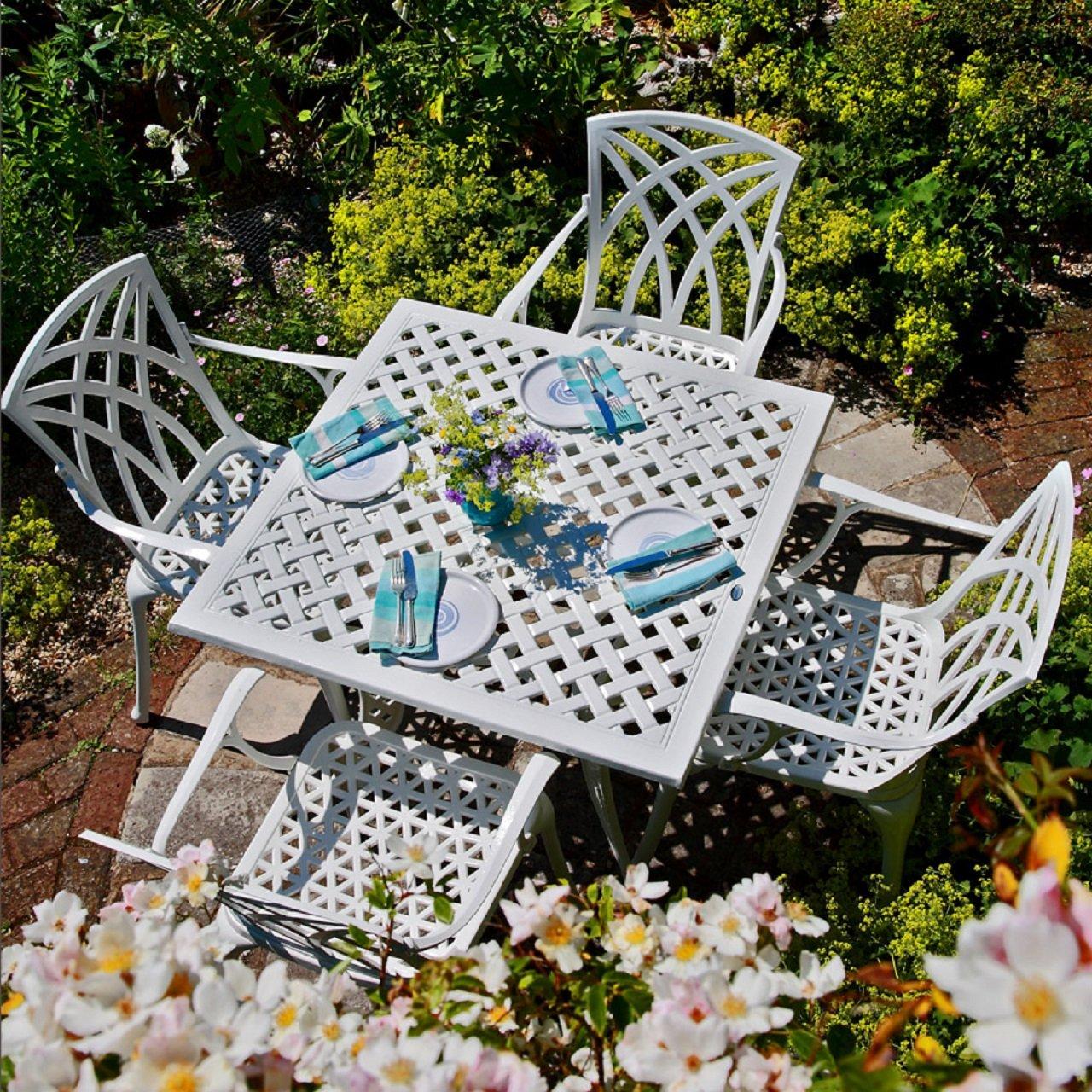 wei es lucy 91cm quadratisches gartenm belset aluminium 1 wei er lucy tisch 4 wei e april. Black Bedroom Furniture Sets. Home Design Ideas