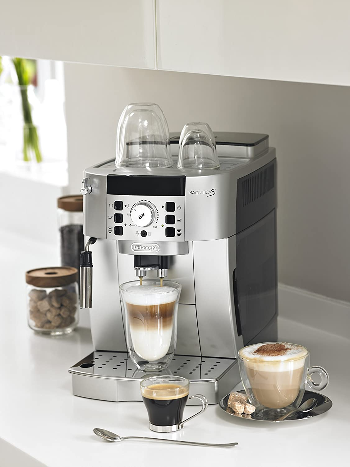 delonghi magnifica coffee machine harvey. Black Bedroom Furniture Sets. Home Design Ideas