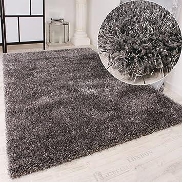 tapis shaggy haut poil long poil qualit et prix abordable en gris dimension us73. Black Bedroom Furniture Sets. Home Design Ideas