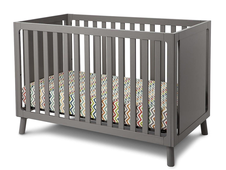 Delta Childrens Manhattan 3 in 1 Crib
