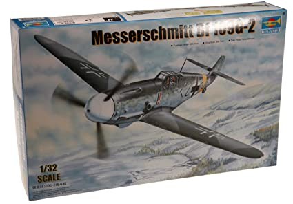 Trumpeter 1/32 Messerschmitt Bf109G2 German Fighter Model Kit [Toy] (japan import)