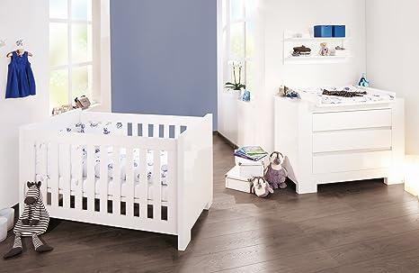 Pinolino Sparset Sky breit, 2-teilig, Kinderbett (140 x 70 cm) und breite Wickelkommode mit Wickelaufsatz, weiß Hochglanz (Art.-Nr. 09 34 98 B)