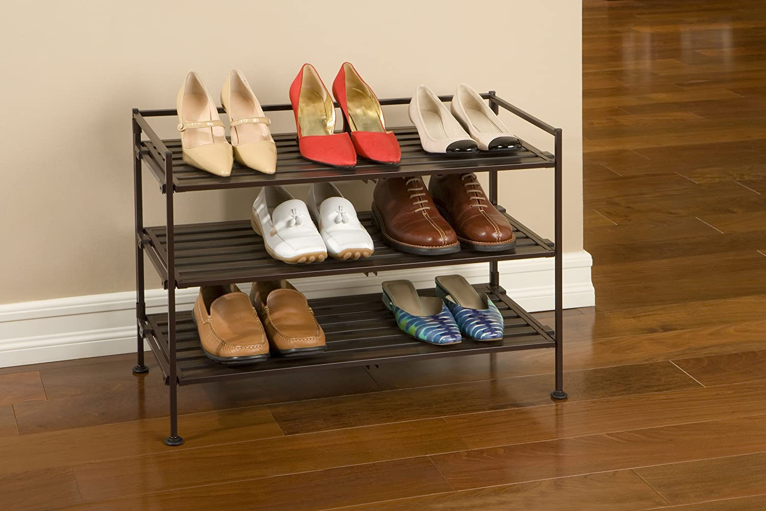 Hi there, for this post I'm collaborating with 3M DIY.. A few years back I made a shoe rack for the tiny corner by our back door which is the only place to put shoes when we enter the house. There isn't enough room to fit a regular rack and the space is tight enough that I wanted to avoid having anything hard that I (because I am clumsy) could bang my shin on as I am reaching for my coat.