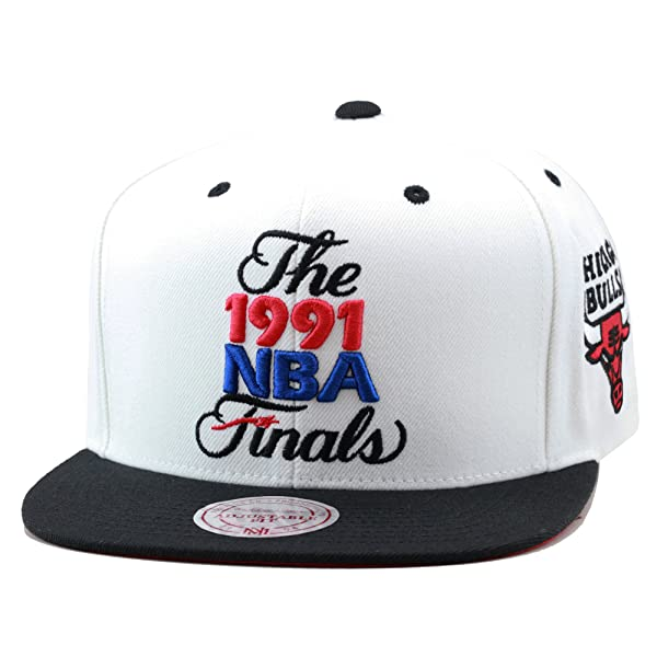 5ae62e9bbdfe8b Mitchell & Ness Men's Chicago Bulls 1991 NBA Finals Commemorative Snapback  Hat One Size White (Color: ...