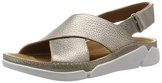 Clarks Women's Leather Fashion Sandals at amazon