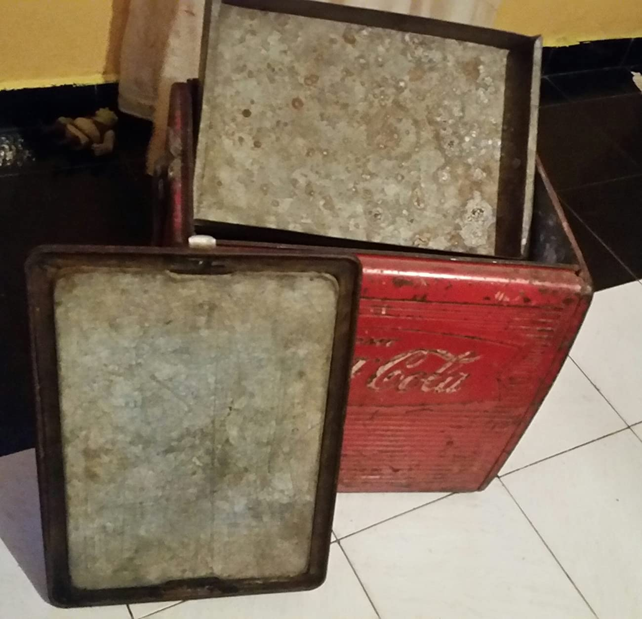 Vintage Coca Cola Coke 1950's Cooler Freezer In Fair Condition RARE 1