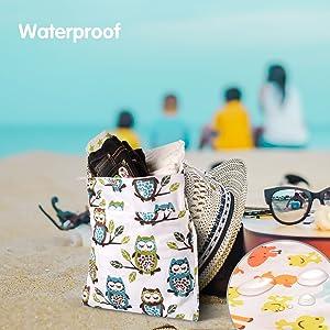 Giraffe and Owls Wet Dry Bag Splice Cloth Diaper Wet Bags Waterproof Double Infant Stroller Travel Small Size Zipper Snap Handing for Swimwear Bathing Suit Baby Kids Reusable