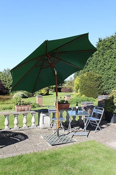 Sombrilla de jardín de 3 m de ancho de Olive Grove - Color verde - Con inclinación y manivela