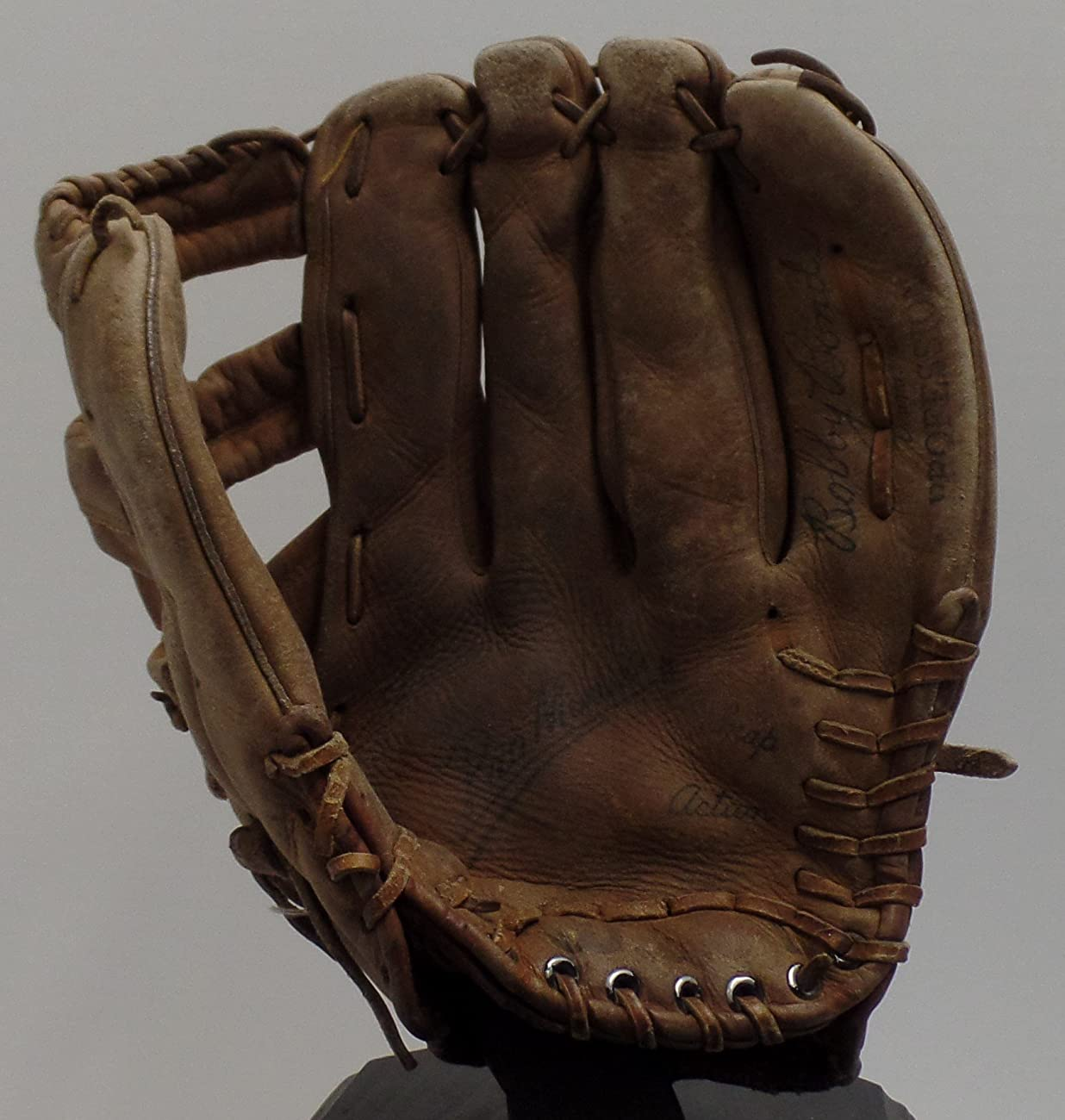 Vintage Bobby Bonds Pro Style Baseball Glove - Wilson Right Hand Thrower (Great for Display - Could Be Used Everyday) Free Shipping & Tracking 0